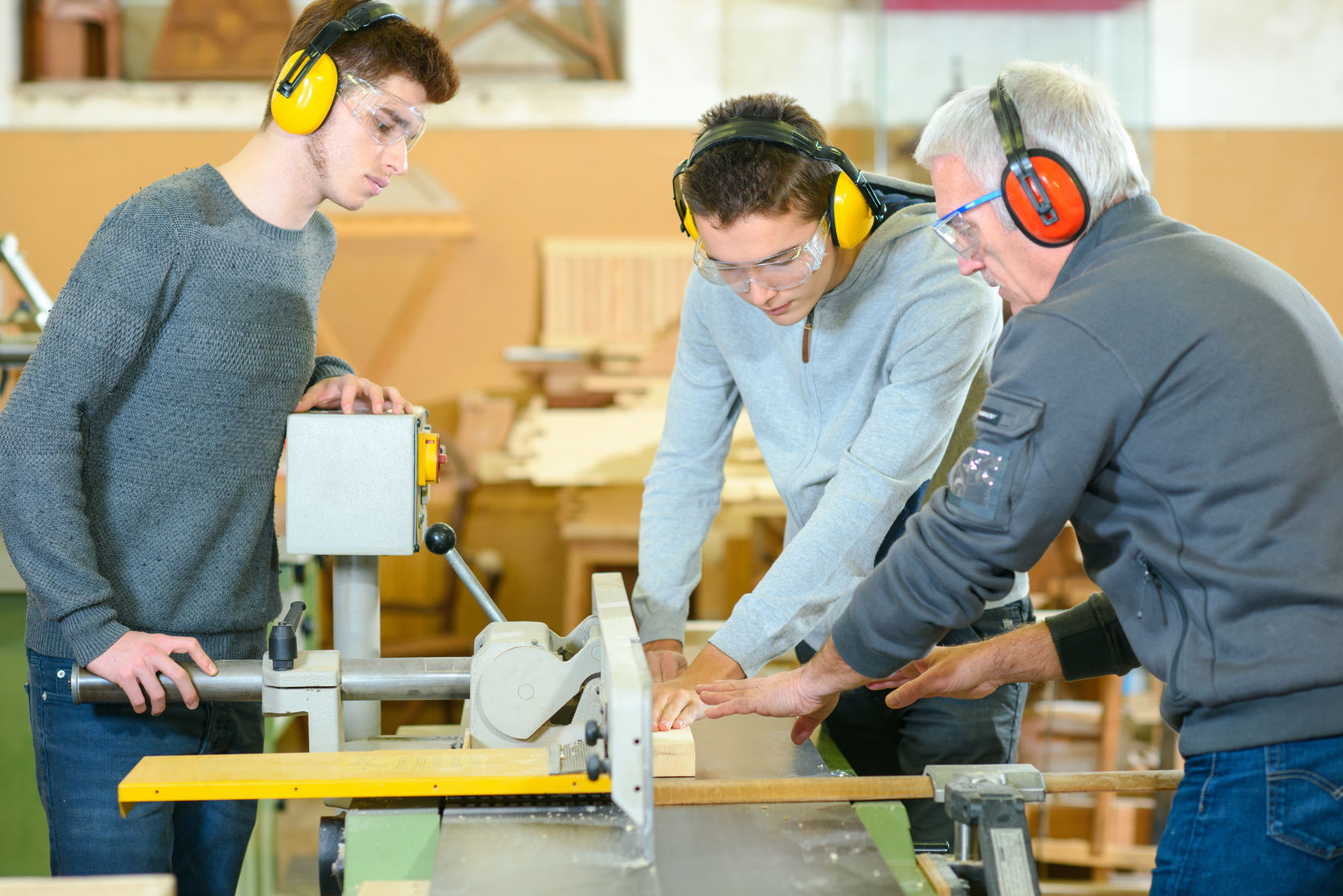 Apprenticeship Programmes – Is It Worth Hiring An Apprentice For Your Business?